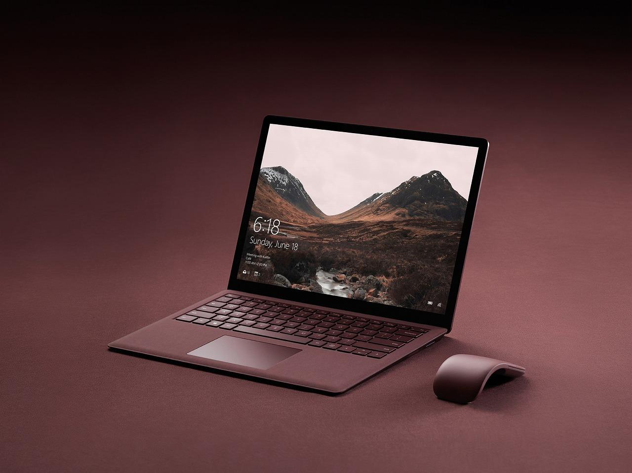 マイクロソフトの最新デバイス「Surface」にアルカンターラ®を採用