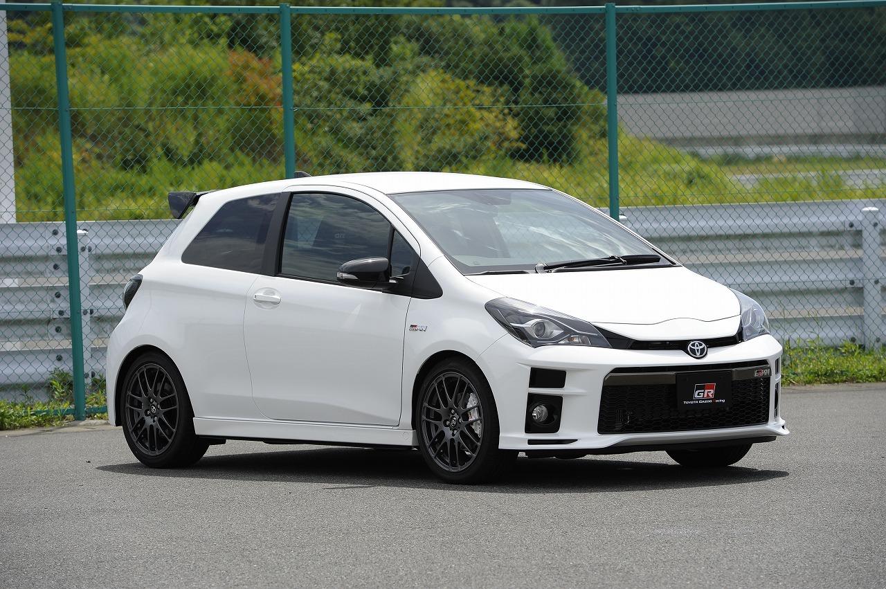 トヨタ、新スポーツカーブランド「GR」発表、レース活動から得た知見を応用