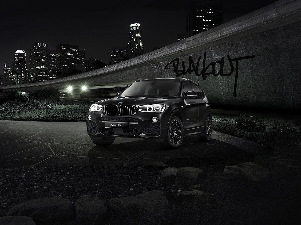 "BMW X3の特別限定モデル「Celebration Edition ""BLACKOUT""」を発売"