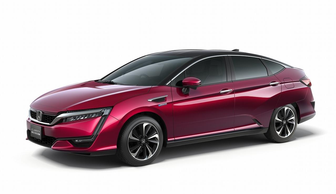 ホンダ、新型燃料電池自動車「CLARITY FUEL CELL」を世界初公開