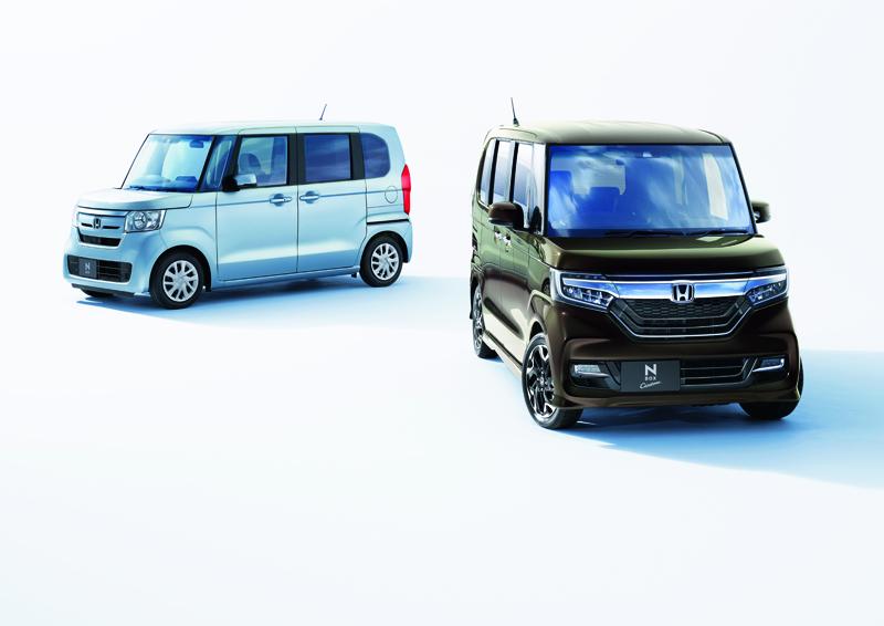 ホンダ、N-BOXをフルモデルチェンジ 先進安全運転支援システム「ホンダセンシング」全車標準装備
